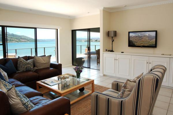 knysna beach front accommodation